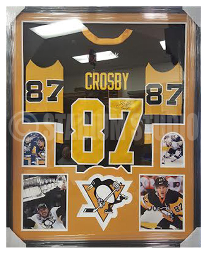 reputable site 69a82 6a325 Sidney Crosby Autographed Framed Penguins Jersey