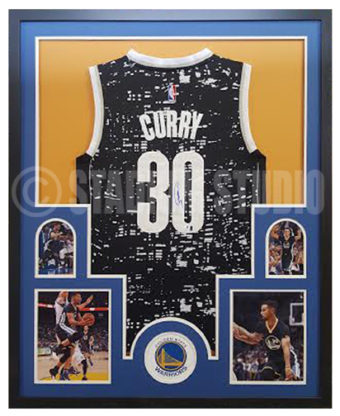 more photos a1096 93f25 Stephen Curry Autographed Framed Alternate Warriors Jersey
