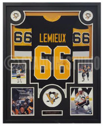 cheap for discount d0544 7104b Mario Lemieux Autographed Framed Canada Cup Jersey - The ...