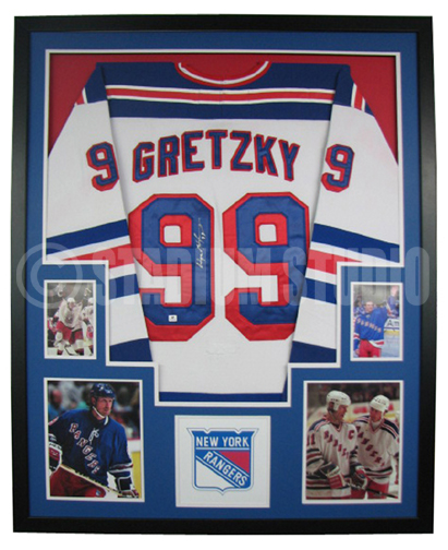 watch 7b6cf 16cac Wayne Gretzky Autographed Framed Rangers Jersey